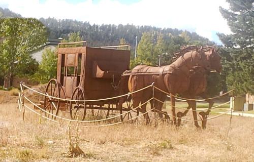 Horse & Wagon Statue